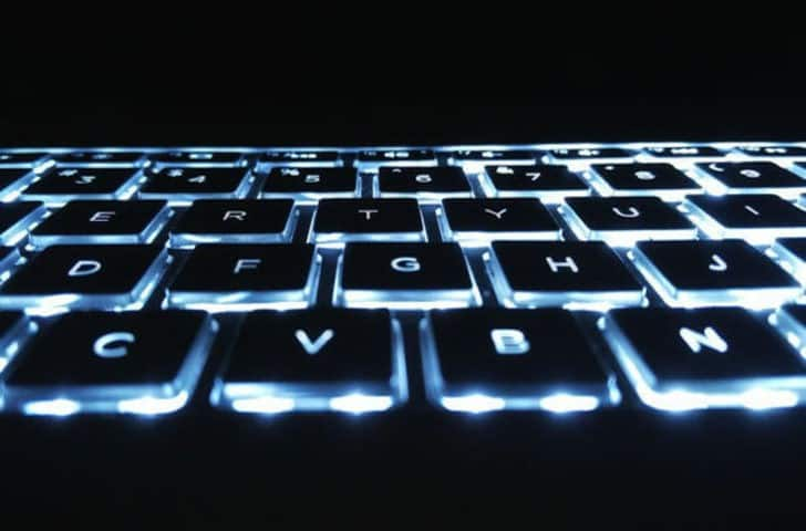 backlit_keyboards_featured-728x480